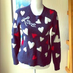 Neiman Marcus 💯 cashmere love sweater size S